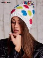 Biała czapka w kolorowe grochy z pomponem FUNK N SOUL                                  zdj.                                  1