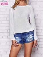 Biały błyszczący sweter z haftem sowy z tyłu                                  zdj.                                  1