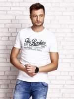 Biały t-shirt męski z nadrukiem napisu THE ROCKIES                                  zdj.                                  1