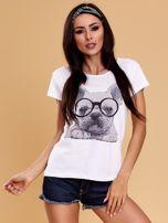 Biały t-shirt z buldożkiem                                  zdj.                                  1