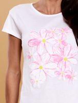 Biały t-shirt z kolorowym kwiatowym nadrukiem                                  zdj.                                  5
