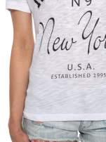 Biały t-shirt z napisem ROUTE NEW YORK                                  zdj.                                  6