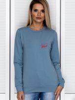 Bluza damska patriotyczna z dyskretnym nadrukiem niebieska                                  zdj.                                  1