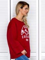 Bluza damska z górskim nadrukiem i szerokimi rękawami bordowa                                  zdj.                                  3