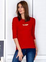 Bluzka czerwona z wycięciem na dekolcie                                  zdj.                                  1