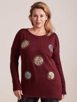 Bordowa bluzka z aplikacją i perełkami PLUS SIZE                                  zdj.                                  1