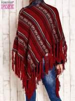 Bordowe poncho w etniczne wzory z frędzlami