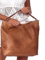 Brązowa duża torba z ażurowaniem i odpinanym paskiem                                  zdj.                                  4