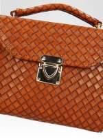 Brązowa pikowana mini torebka kuferek w stylu retro                                                                          zdj.                                                                         6