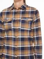 Brązowo-granatowa damska koszula w kratę z kieszonkami                                  zdj.                                  7