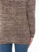Brązowy melanżowy sweter z nadrukiem kozy                                  zdj.                                  6