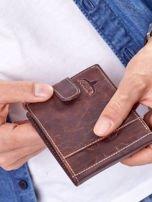 Brązowy portfel męski z klapką                                  zdj.                                  1