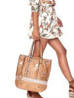 Camelowa torba w kwiaty ze wstawką crocodile skin                                  zdj.                                  1