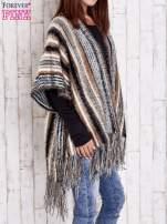Camelowy sweter poncho z frędzlami                                   zdj.                                  4