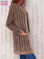 Ciemnobeżowy wełniany sweter z kieszeniami                                                                          zdj.                                                                         3