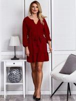 Ciemnoczerwona sukienka z falbaną i wiązaniem                                  zdj.                                  4