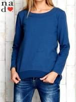 Ciemnoniebieska bluza z dekoltem w łódkę