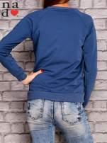 Ciemnoniebieska bluza z napisem PIĘKNA MĄDRA A DO TEGO JESZCZE SKROMNA                                  zdj.                                  4
