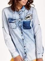 Ciemnoniebieska jeansowa koszula z naszywkami                                  zdj.                                  5