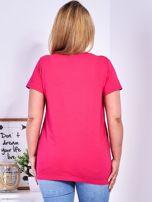Ciemnoróżowy t-shirt z błyszczącymi gwiazdami PLUS SIZE                                  zdj.                                  2