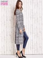 Ciemnoszary długi melanżowy sweter                                   zdj.                                  3