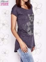 Ciemnoszary t-shirt z nadrukiem zwierzątka                                  zdj.                                  3