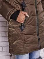 Ciemnozielony puchowy płaszcz z polarowym kołnierzem                                                                          zdj.                                                                         6
