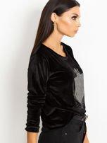 Czarna aksamitna bluza z herbem z dżetów                                  zdj.                                  3