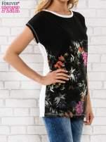 Czarna bluzka z motywem kwiatowym                                  zdj.                                  3