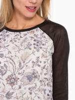 Czarna bluzka z reglanowymi rękawami i kwiatowym przodem                                  zdj.                                  6