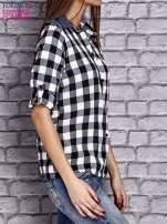 Czarna koszula w kratę z denimową wstawką                                  zdj.                                  3