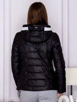 Czarna pikowana kurtka przejściowa z ozdobnymi suwakami                                  zdj.                                  2