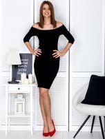 Czarna prążkowana sukienka odsłaniająca ramiona                                  zdj.                                  4