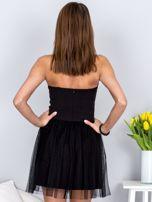 Czarna sukienka bez ramiączek z tiulem                                  zdj.                                  2