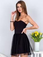 Czarna sukienka bez ramiączek z tiulem                                  zdj.                                  3
