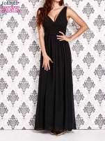 Czarna sukienka maxi z odkrytymi plecami