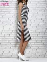 Czarna sukienka w paski z rozcięciami                                                                           zdj.                                                                         4