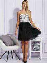 Czarna sukienka z haftowaną górą                                  zdj.                                  4