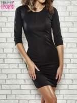 Czarna sukienka z marszczeniami przy dekolcie