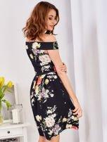 Czarna sukienka z motywem malowanych kwiatów                                  zdj.                                  3