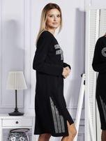 Czarna sukienka z perełkami i dżetami                                  zdj.                                  3