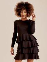 Czarna sukienka z warstwowymi falbanami                                  zdj.                                  1