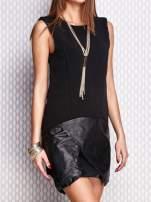 Czarna sukienka ze skórzanym wykończeniem                                  zdj.                                  2