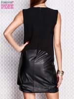 Czarna sukienka ze skórzanym wykończeniem                                  zdj.                                  6