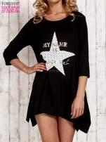 Czarna tunika dresowa z printem gwiazdy                                                                          zdj.                                                                         1