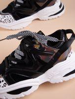 Czarne buty sportowe na platformie z podwójnymi sznurówkami                                  zdj.                                  7
