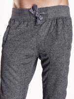 Czarne melanżowe spodnie męskie z trokami i kieszeniami                                  zdj.                                  5