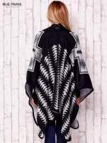 Czarno-białe dwustronne poncho w azteckie wzory                                  zdj.                                  5