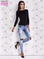 Czarny jedwabny sweter cut out shoulder                                  zdj.                                  2