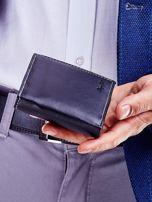 Czarny portfel dla mężczyzny z tłoczeniem                                  zdj.                                  6